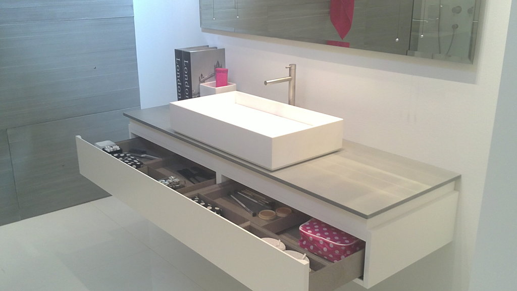 Qu es el estilo r stico en la decoraci n de interiores for Muebles para bano modernos y economicos